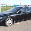 Автомобиль BMW 745i